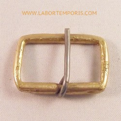 french pouch buckle